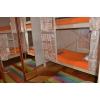 Сдается койко-место в просторной трехкомнатной квартире на длительный срок.